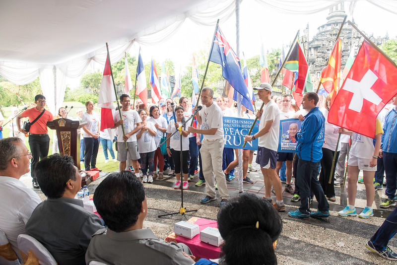 20170131_Peace Run Denpasar w_ViceGov_143.jpg