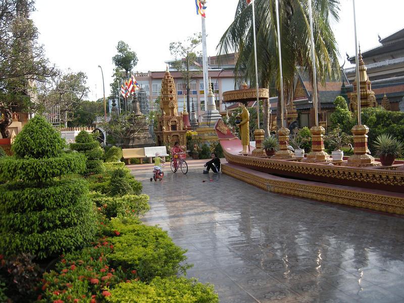 Polished floor at Wat Preah Prohm Rath pagoda
