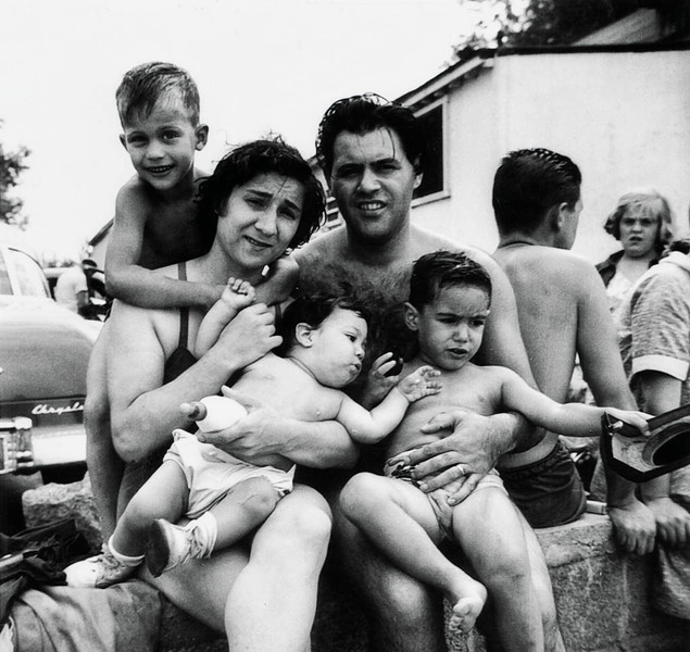 Young family_beach copy.jpg