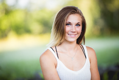 Senior Portraits: Meile Fox