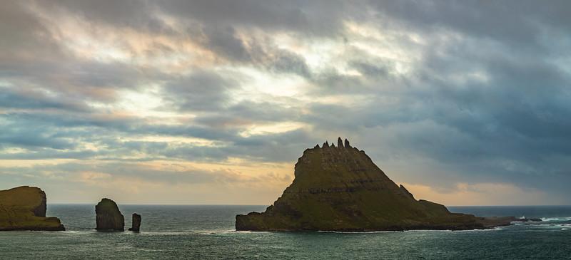 Faroes_5D4-2296-HDR-Pano.jpg