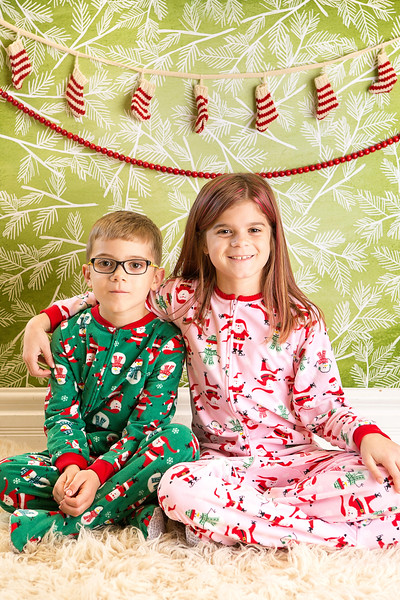Holiday Mini Sessions-Olivia and Issac [For Carla]