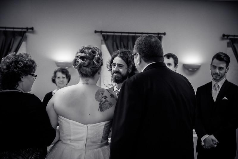 EDITS - Ryan and Lindsey Wedding 2014-463.jpg