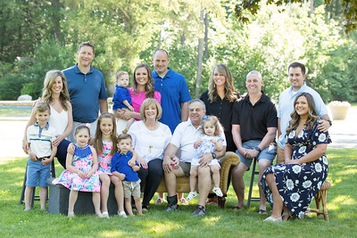 Family Extended & Large Group Portraits