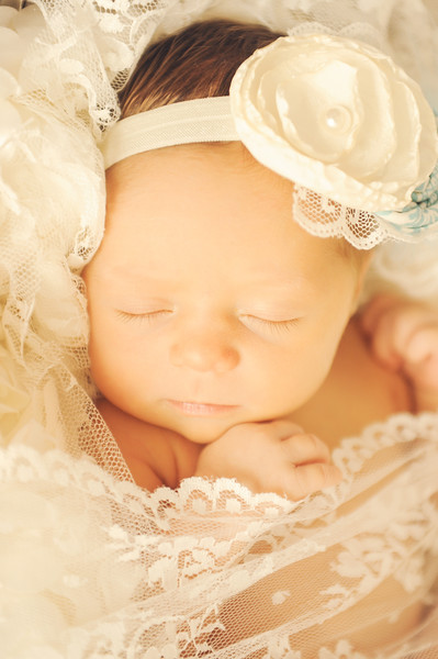 Sweet, soft  lacey newborn picture wet los angeles
