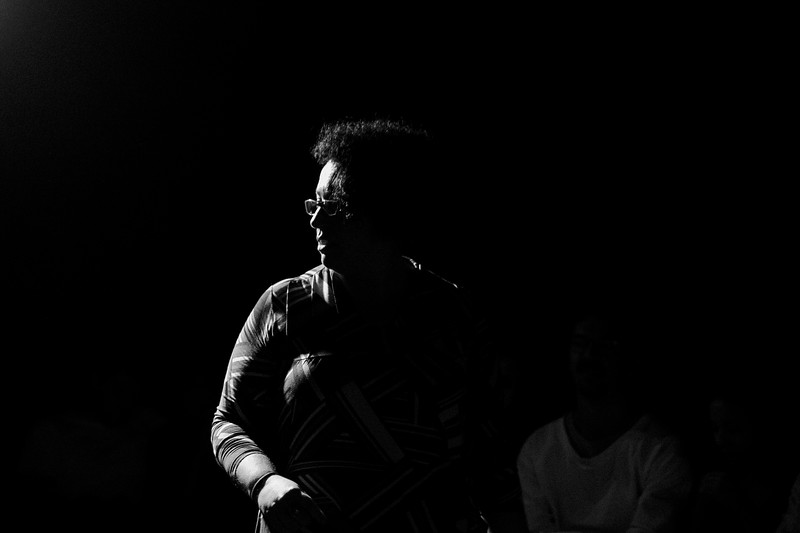 Allan Bravos - Fotografia de Teatro - Indac - Migraaaantes-418-2.jpg