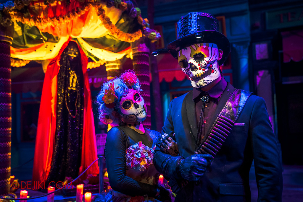 Halloween Horror Nights 6 - March of the Dead / The Lovers