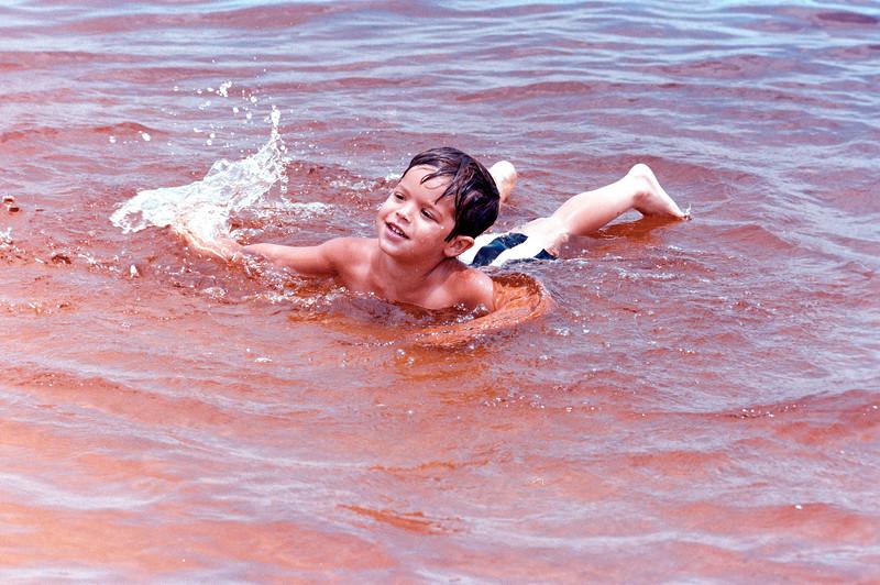 1978-5-14 #3 Erica At Beach.jpg