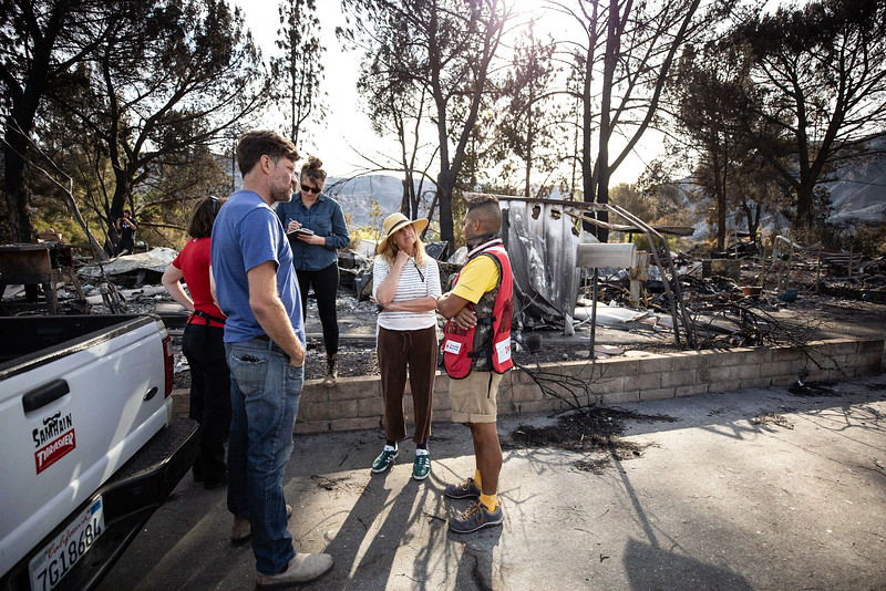 11.15.18 Woolsey Fire Family Returns to Home by Heather Fairchild-3.jpg