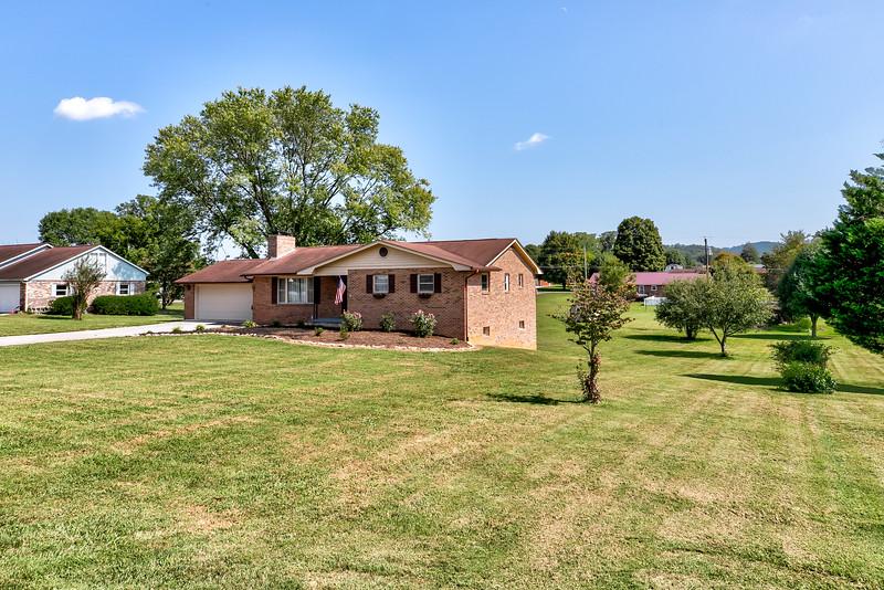 678 Old Middlesboro Hwy-2.jpg
