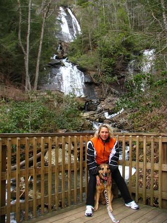 2008 Anna Ruby Falls with Duke