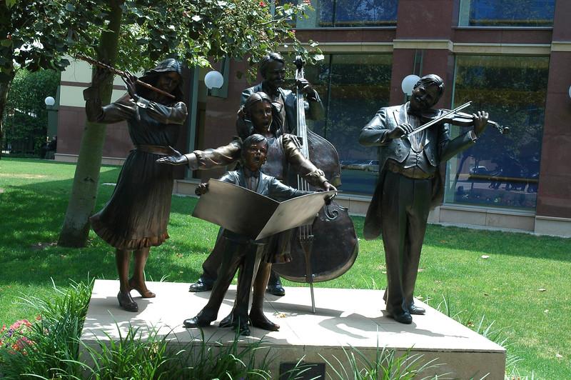 Cerritos Music Center Sculpture-1.jpg