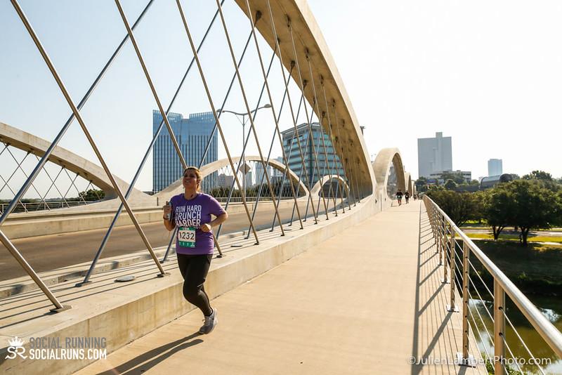 Fort Worth-Social Running_917-0529.jpg