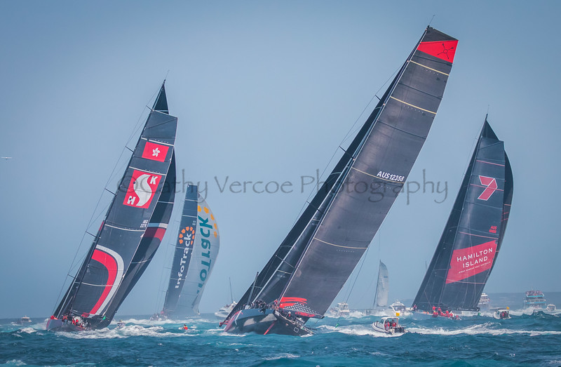 Infotrack leading Wild Oats XI, Scallywag and Comanche