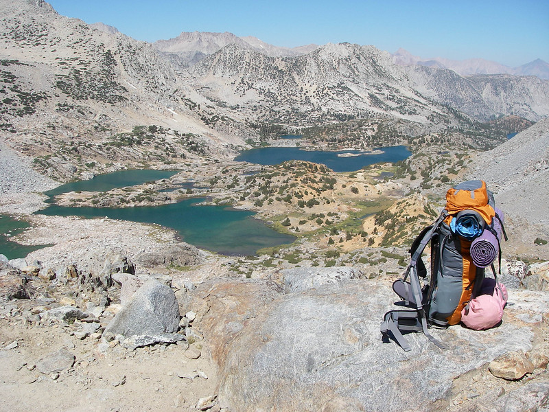 The following day - Monday Sep 6th we went over Bishop Pass (11,972 ft = 3.649 m) and many beautiful lakes towards our vehicle. The weather was nice - for four days we haven't seen single cloud...