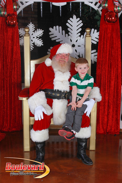 Santa 12-17-16-173.jpg