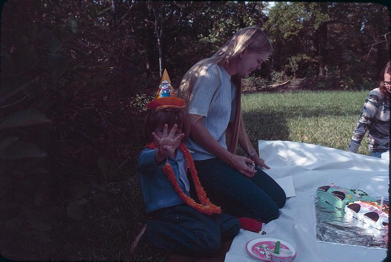 1976 10 9 - Copy.jpg
