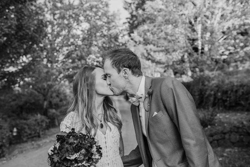 Brent and Rachel-616.jpg