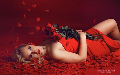Wayfinder - Ladies in Red