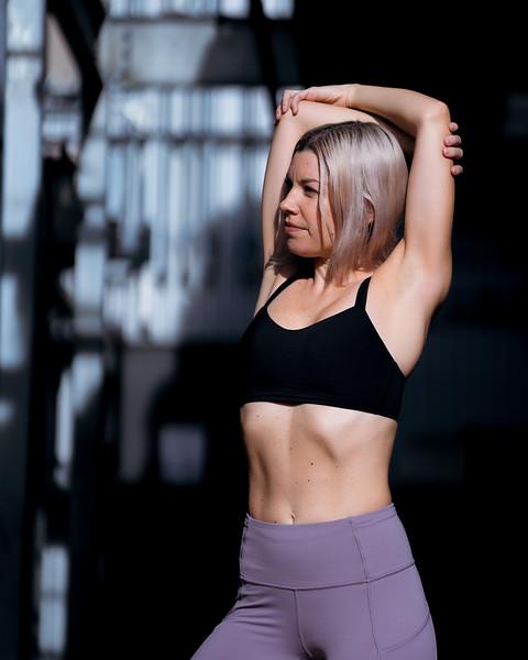 IG - Hawaii - Madeleine Russick - Yoga-1002.jpg