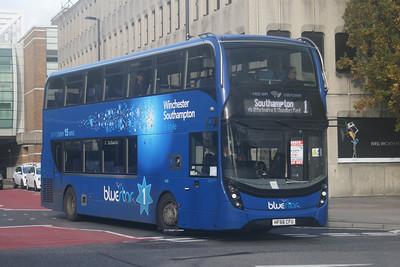 1645, HF66CFU, Bluestar, Bargates, Southampton