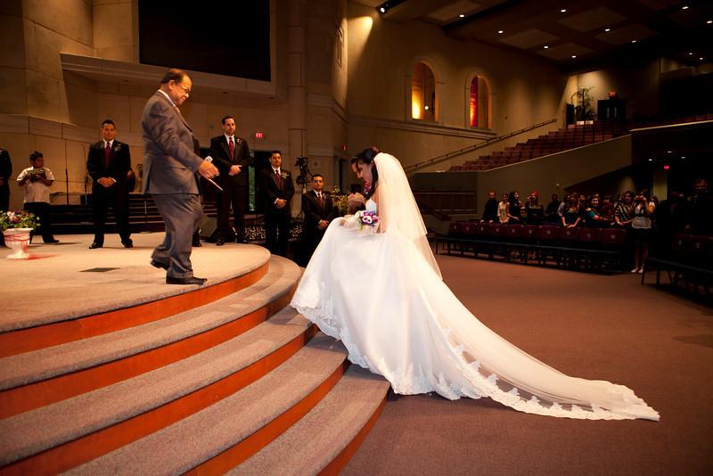 2011-11-11-Servante-Wedding-91.JPG
