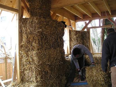 Strawbale construction workshop