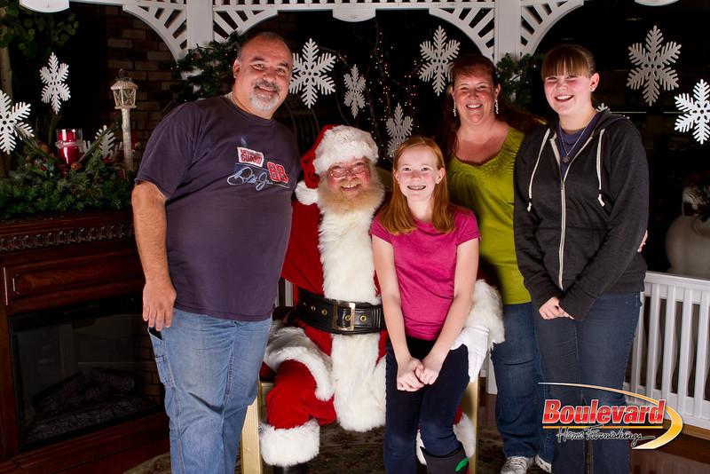 Santa Dec 15-244.jpg