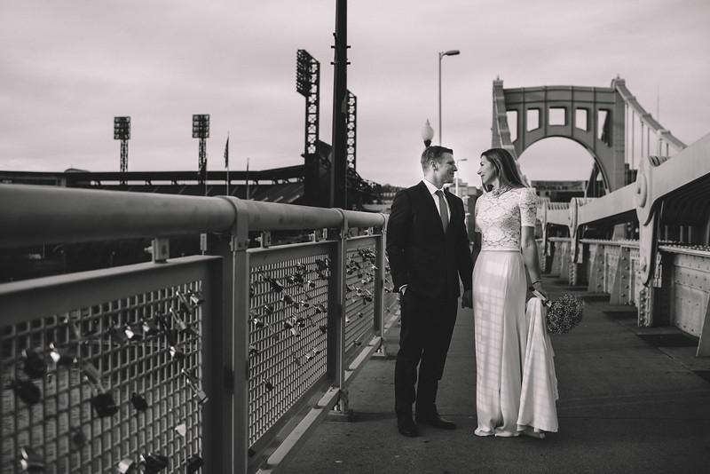 Pittsburgh Elopement Photographer - Monaco Bridge Downtown - Hadley-257.jpg