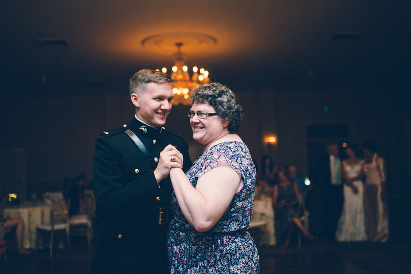 Philadelphia Wedding Photographer - Bernreuther-657.jpg