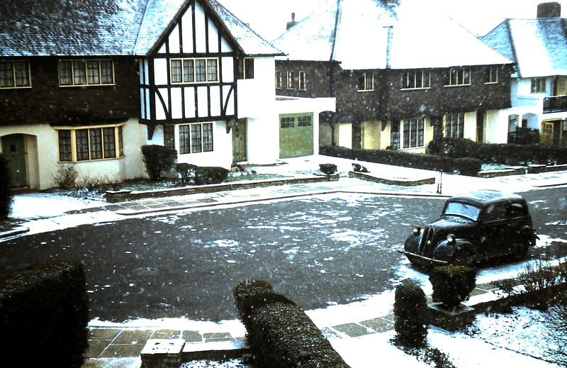 1960-1-13 (1) Snow scene front of house, taken from my room.JPG
