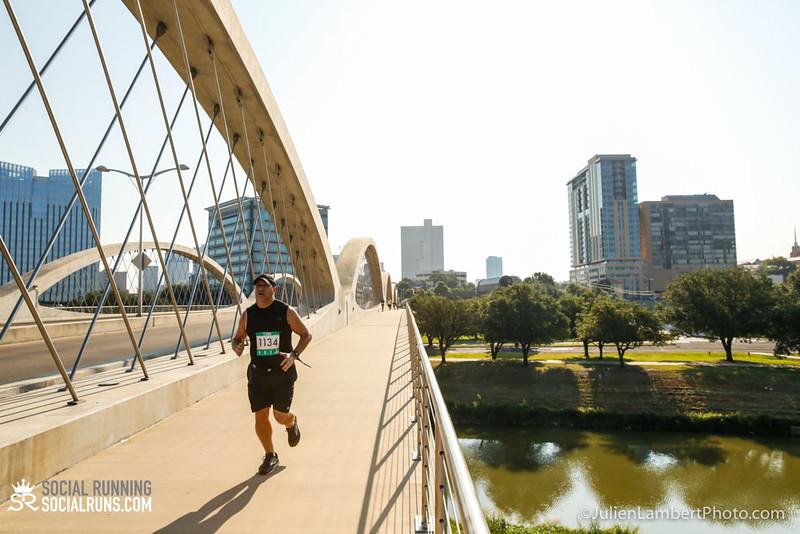 Fort Worth-Social Running_917-0429.jpg