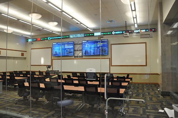 Minas Financial Trading Room