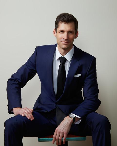 Mark basel headshots portraits minneapolis business photography st paul linkedin Shane Ellis.jpg