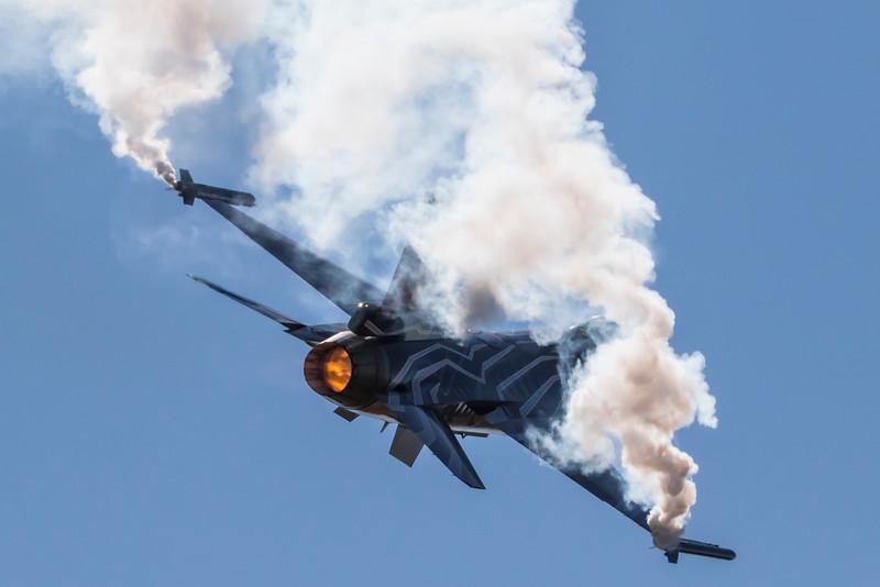 FA-123-F-16AMFightingFalcon-BelgiumAirForce-FFD-EGVA-2015-07-19-_W4A1520-DanishAviationPhoto.jpg