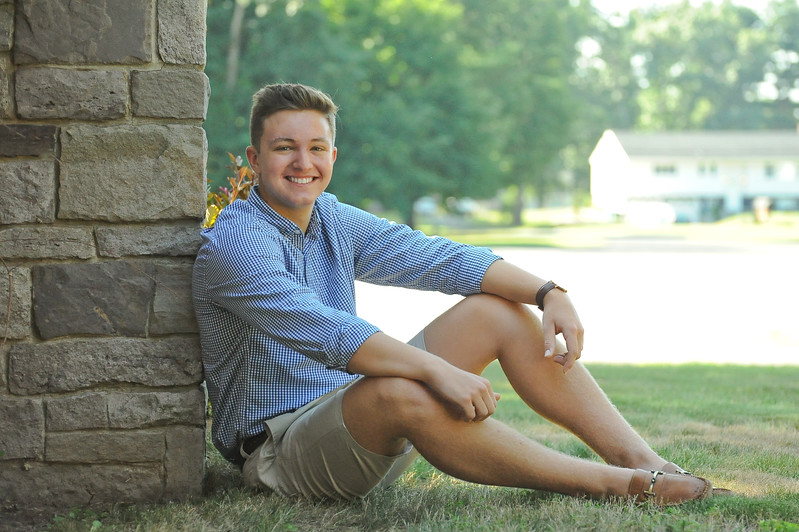 HighschoolSeniorPicturesConnecticut.jpg