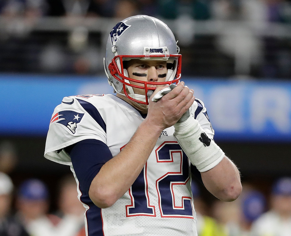 . New England Patriots quarterback Tom Brady reacts during the first half of the NFL Super Bowl 52 football game against the Philadelphia Eagles Sunday, Feb. 4, 2018, in Minneapolis. (AP Photo/Mark Humphrey)