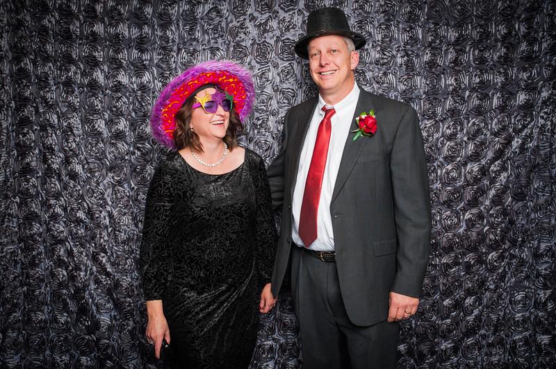 Lynn + Nancy Photobooth-276.jpg