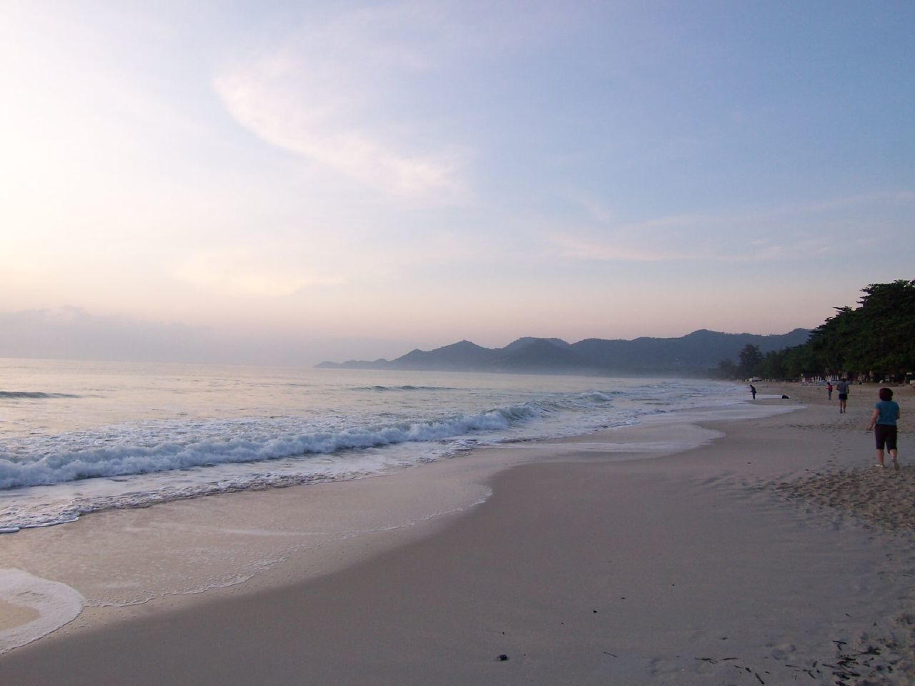 Chaweng beach @ Morning