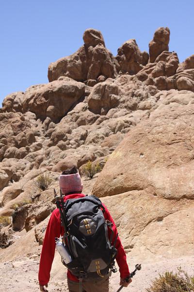 Alejandro-mountain guide