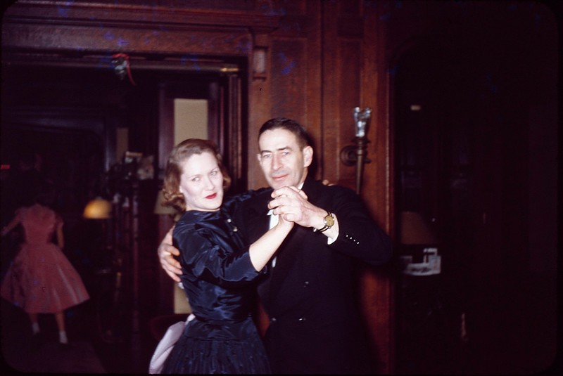 1955 12 Teddy and Flossie.jpg