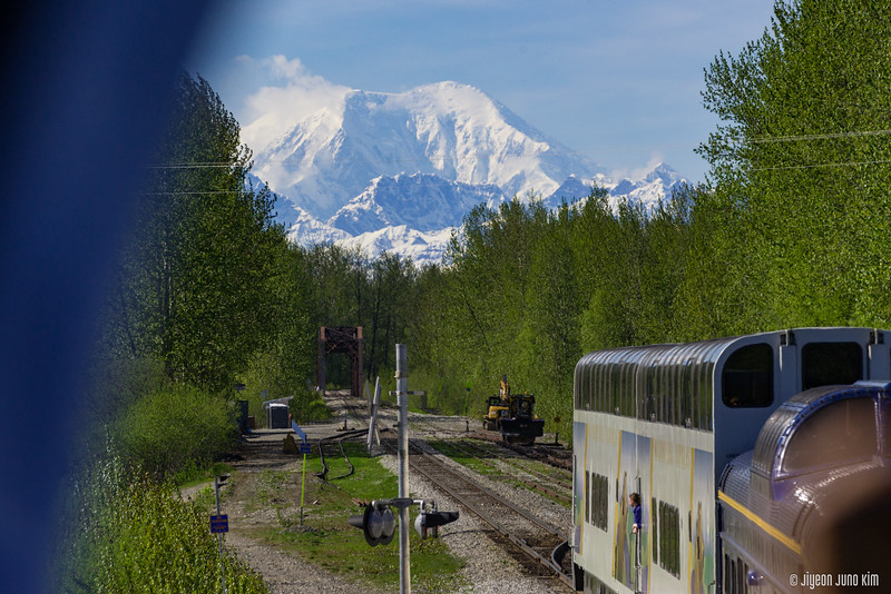 Denali Star Train-6109347-Juno Kim.jpg