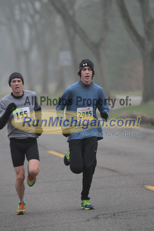 5K & 10K at 2.5 mile mark - 2012 Jingle Bell Run Bloomfield