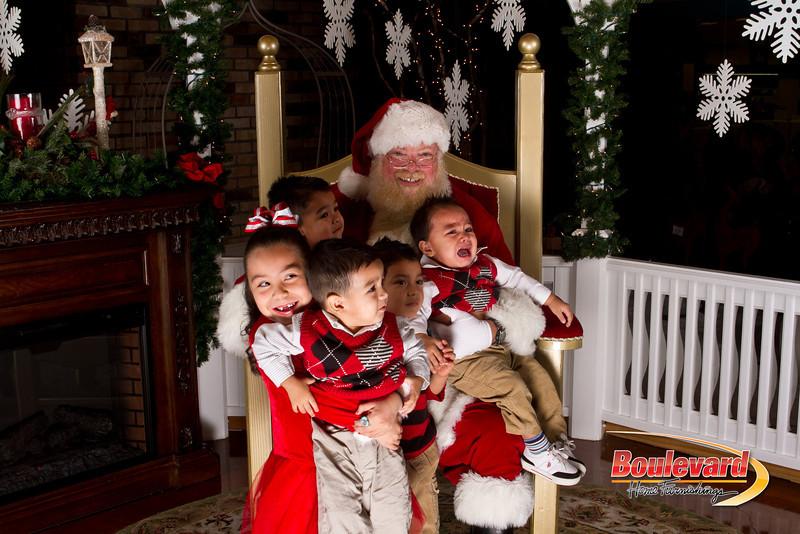 Santa Dec 15-234.jpg