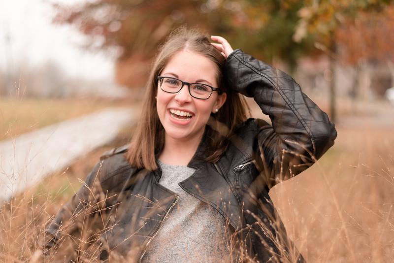 Claire-Senior2018-0041.jpg