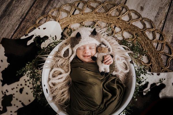 Piper Alonso - Newborn Feb 2021
