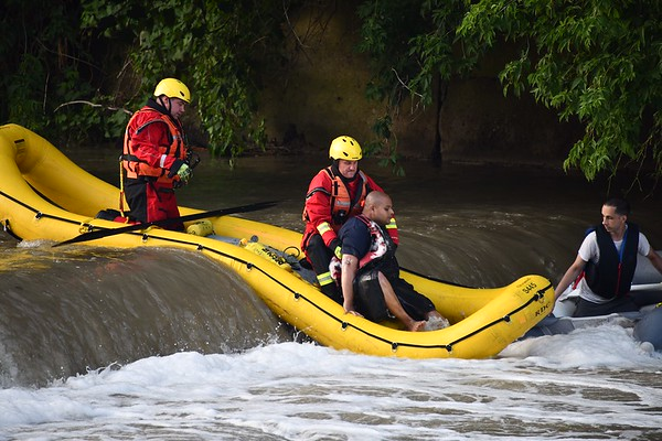 July 8, 2020 - Water Rescue - Humber River s/of Dundas St. W.