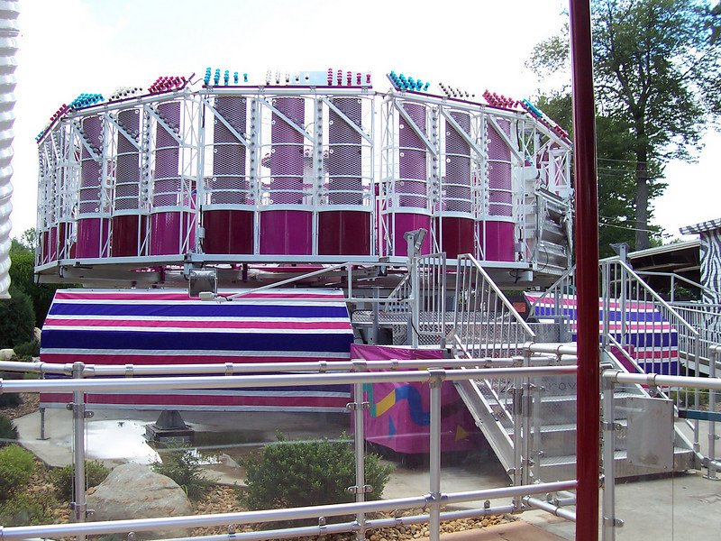 The bottom of the ride is now hidden by colorful panels.