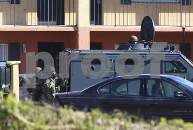 manhunt-underway-for-suspect-in-killing-of-orlando-officer