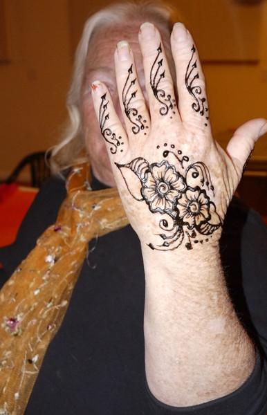 jennifers henna.jpg